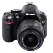 Nikon D5200 m/18-55mm VR