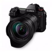Panasonic Lumix S1R hus med 24-105 mm