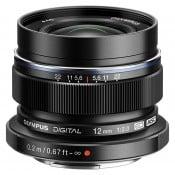 Olympus 12mm f/2,0 sort