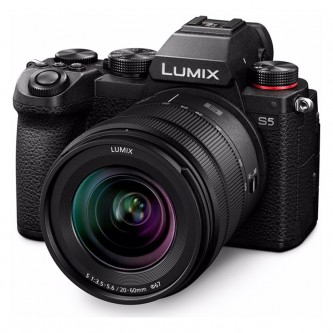 Panasonic Lumix S5 m/20-60mm