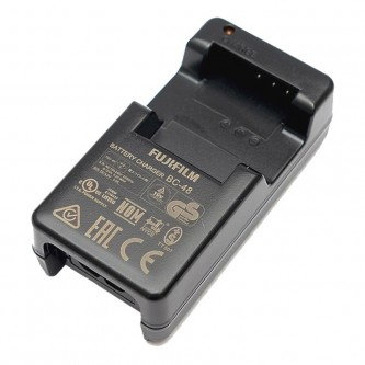 Fuji BC-48 Battery Charger for NP-48